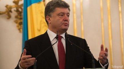 Порошенко: В подвалах боевиков находятся более 600 украинцев
