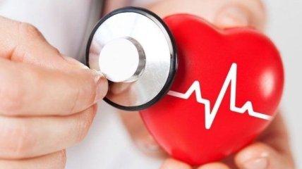 Пора к кардиологу: симптомы, указывающие на проблемы с сердцем