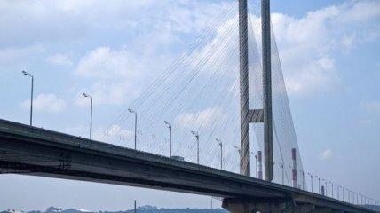 В Киеве почти на месяц перекроют один из мостов