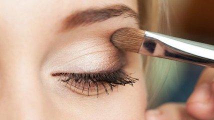 Как можно использовать бежевый карандаш для макияжа
