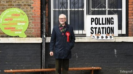 Сокрушительное поражение лейбористов Британии: Корбин взял на себя ответственность