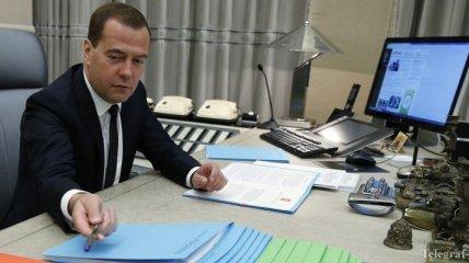 Медведев: Международно-правовая составляющая санкций ничтожна