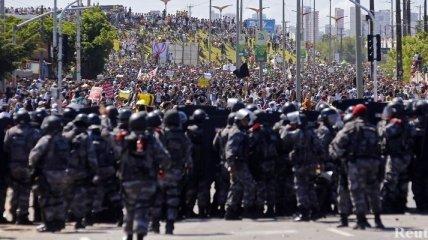 В Бразилии произошли столкновения с полицией
