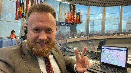 """Нардеп, назвавший коронавирус """"выдумкой"""", выступит на сессии ПАСЕ по теме Covid-паспортов"""