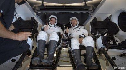 Пранкеры NASA: астронавты рассказали, как после возвращения на Землю заказывали пиццу с доставкой на корабль SpaceX