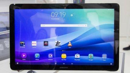 Samsung представит планшет с огромным дисплеем