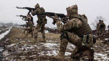 На Донбассе прошли очередные неспокойные сутки: украинский военный получил ранение