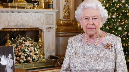 Королева Елизавета II поздравила британцев с Рождеством