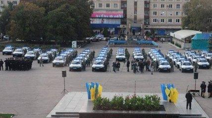 Полиция в Луганской и Донецкой областях получила автомобили Renault Duster