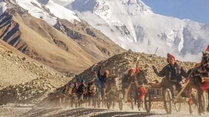 Величественные фотографии горы Эверест (Фото)