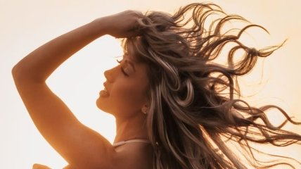 Сім літніх правил догляду за волоссям, які радять стилісти