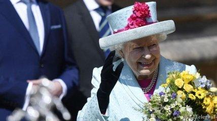 Королева Елизавета II поздравила Зеленского