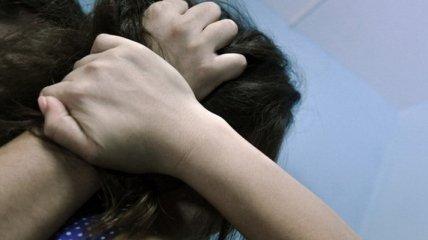 В кафе Днепра посетители изнасиловали 14-летнюю школьницу: подробности