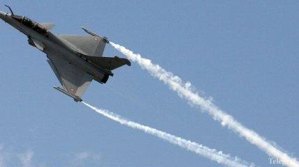 """США и их союзники нанесли свыше 20 авиаударов по """"ИГ"""" в Ираке"""