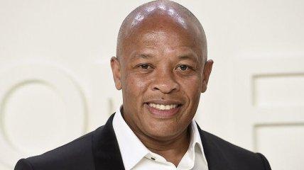 Рэпера Dr. Dre срочно госпитализировали: что случилось с музыкантом