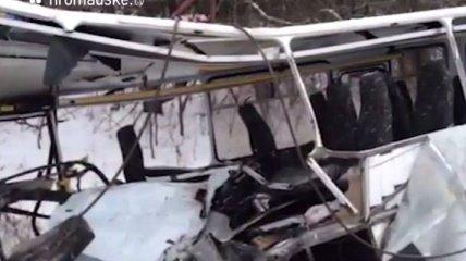 Видео с места ДТП, в котором пострадали бойцы Нацгвардии