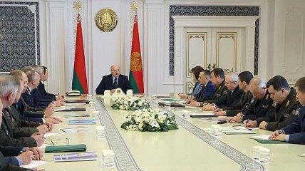 Лукашенко поручил пригласить в Беларусь генпрокуроров России и Украины