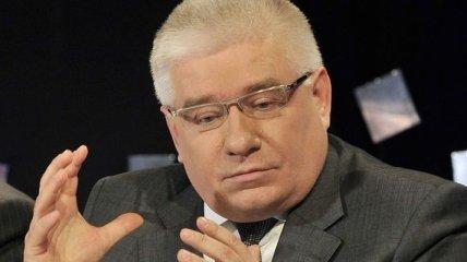 Чечетов: Тимошенко защищает Власенко, который бил свою жену