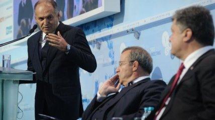 """Стало известно, сколько Пинчук заплатил лоббистам для """"отбеливания"""" Януковича"""