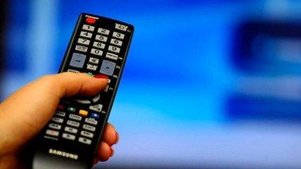 """Два украинских телеканала уличили в """"языке вражды"""": что им грозит"""