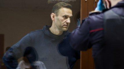 """""""Не вірте жодному їхньому слову"""": адвокат розповів правду, в якому стані Навальний"""