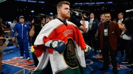 Канело может вернуться на ринг только в следующем году
