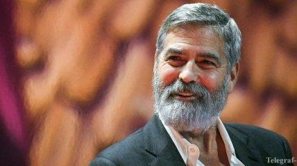 Виноват Деннис: особняк Джорджа Клуни затопило