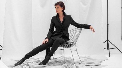 Стильный деловой костюм для занятых женщин (Фото)