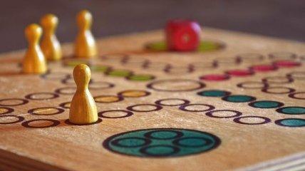 Почему детям полезно играть в настольные игры