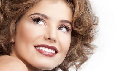 Белоснежная улыбка: что делать, чтобы зубы не желтели