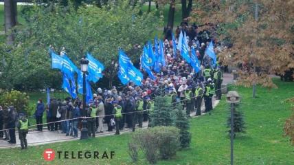 """На митинге ОПЗЖ - полиция и """"кассиры"""""""