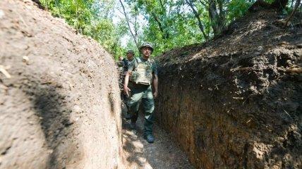 ОП: Зеленский за два дня в зоне ООС лично убедился в соблюдении перемирия