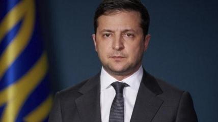 Зеленский не смог приземлиться в аэропорту Кишинева.