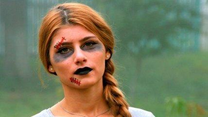 Как сделать ужасающий и эффектный макияж на Хэллоуин (Видео)