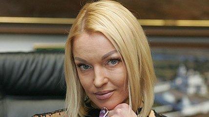 Анастасия Волочкова просит поклонников стать немного добрее