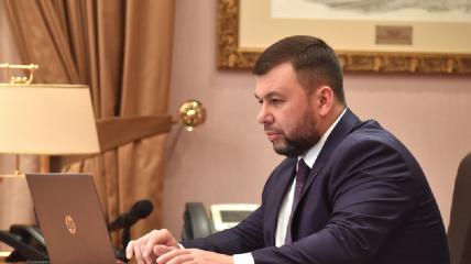 Обладатель двух фантиков голосует на российских выборах