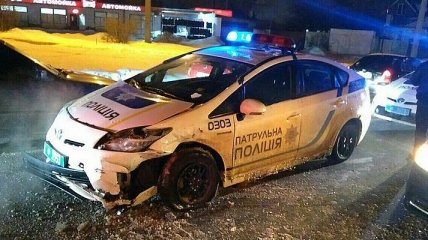 Пьяный водитель в Харькове разбил три автомобиля