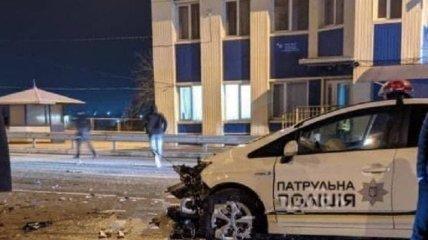 Патрульные попали в смертельную аварию с возгоранием под Одессой (фото и видео)