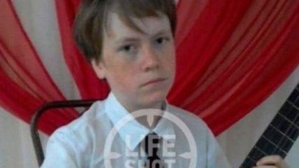 """""""Добрый, спокойный, отзывчивый мальчик"""": в России задержали подростка, зарубившего семью топором"""