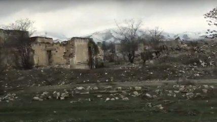 Журналист посетил освобожденный Азербайджаном город Агдам и показал, что происходит в Нагорном Карабахе