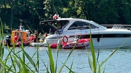 В Польше вертолет с украинцами упал в озеро: первые подробности и фото
