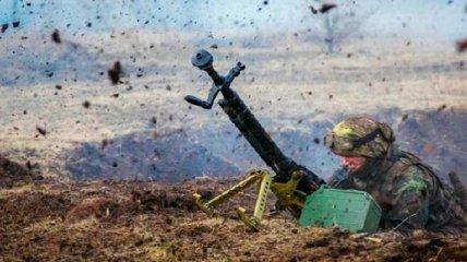 На Донбассе ранен украинский военный: стало известно о его состоянии