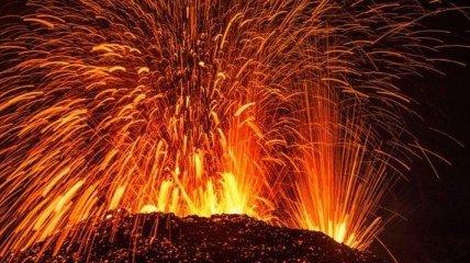 Ад во Франции: вулкан на острове Реюньон (Фото)