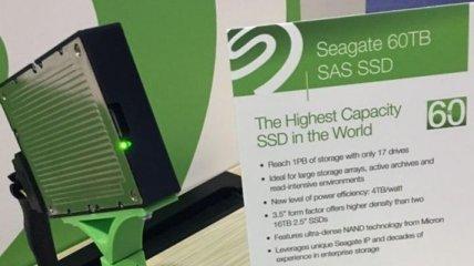 Представлен SSD-накопитель с рекордным объемом в 60 терабайт