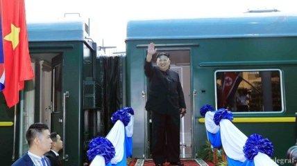Ким Чен Ын после встречи с Трампом возвращается на поезде в КНДР