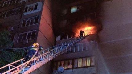 Один человек погиб и один пострадал: в Киеве горела многоэтажка