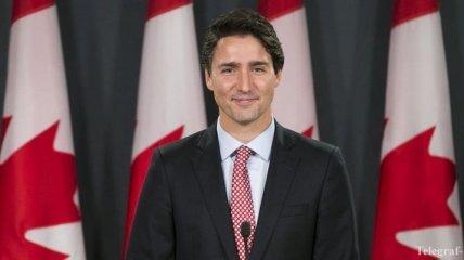 Новый премьер Канады спустился в метро, чтобы поблагодарить избирателей