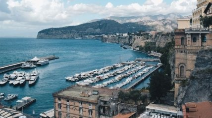 Від COVID-19 в Італії померло вже 34 223 людини, понад 236,3 тисячі - захворіли