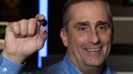 Intel Curie - полноценный компьютер размером с пуговицу