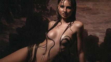 Лиза Василенко снялась в откровенной фотосессии